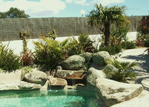Im genes de piscinas de arena la playa en tu casa for Construccion de piscinas naturales en argentina