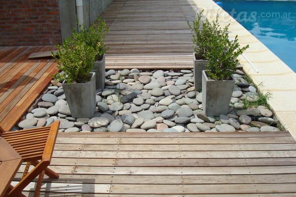 Decks de madera para la pileta: calidez y confort ...