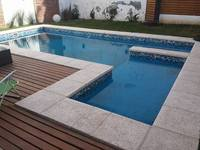 Piscina en Barrio Juniors