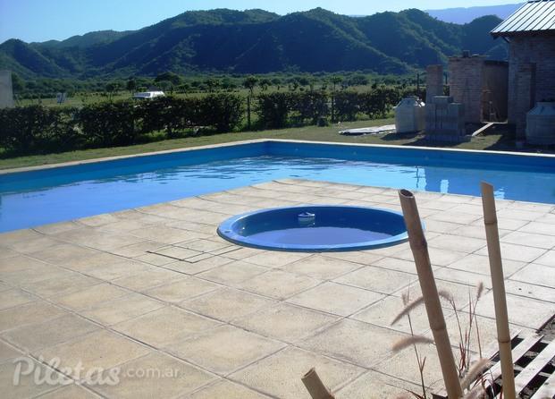 Im genes de arte sol y agua for Formas de piscinas