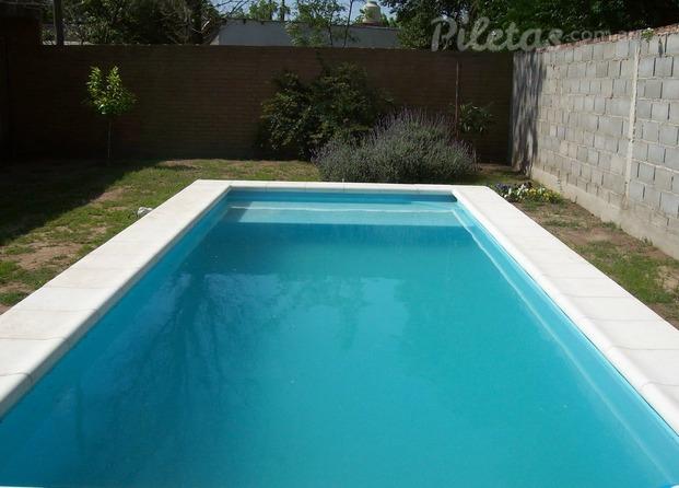 Laqua piscinas for Fotos de disenos de piletas de natacion